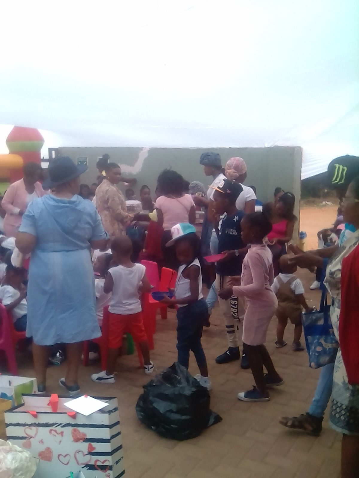 SIYAKHOLWA SUPPORT CARE CENTRE